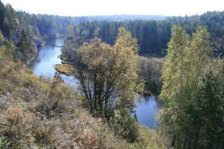 Рис. 19. Вид со смотровой площадки на реку Серга (фото Казакова Р.А.)