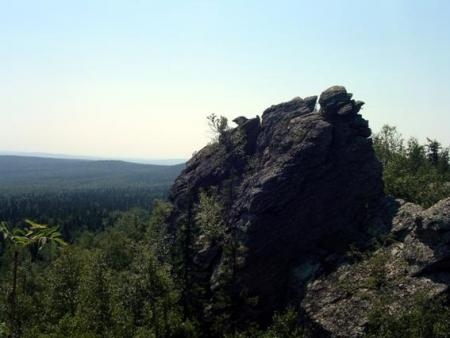 Рис. 64. Вершина Шунут-Камня (фото Слепухина А.В. и Бердюгиной Н.)