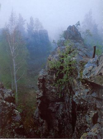 Рис. 65. Азов-гора (фото Тамплона Е. и Чернявского М.)